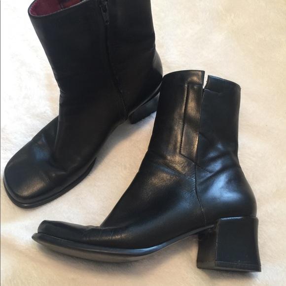 08d80ae77f9 Enzo Angiolini Black Boots